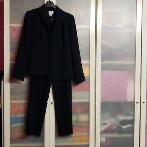 Ann Taylor Loft Suit Pin Striped Navy sz 2P